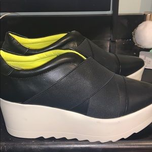Kendall and Kylie Platform sneakers